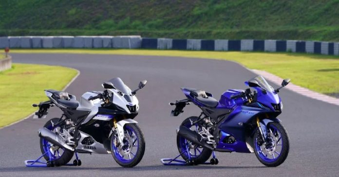 2021 Yamaha R15 V4, along with Yamaha R15M launched in India