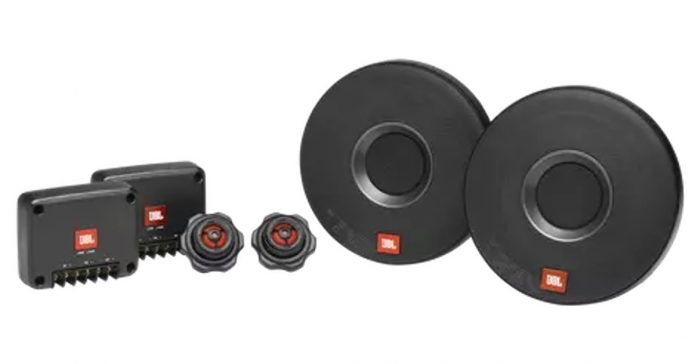 JBL announces its new aftermarket car audio solutions with CLUB 605 CSQ and Celebrity 100 in India