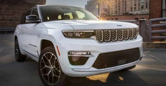 2022 Jeep Grand Cherokee 5-Seat Unveiled