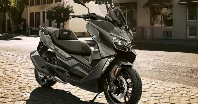 BMW C400 GT maxi-scooter teased ahead of its launch